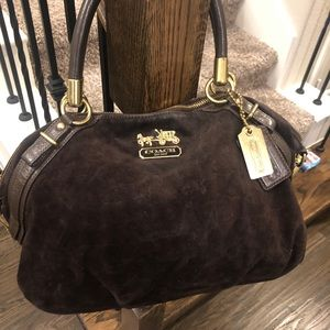 BROWN VELVET COACH BAG
